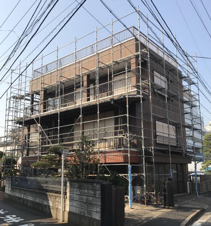 改修工事足場架設